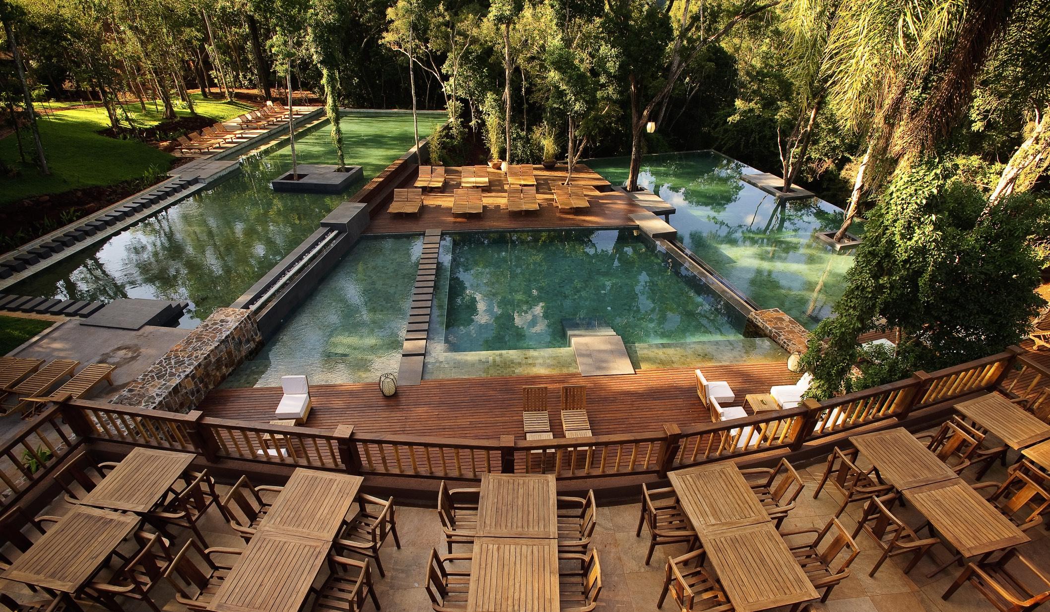 Loi Suites - piscine