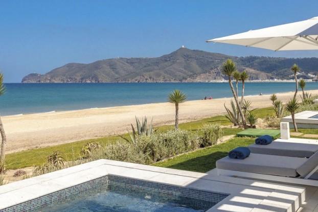 Sur la côte méditerranéenne, à 40 km de Tanger, le Sofitel Tamuda Bay.